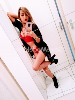 Arije escort massage tantrique lovesita à Betton